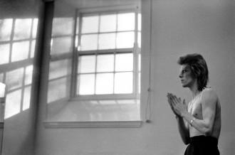 Bowie Prayer by windows 1973