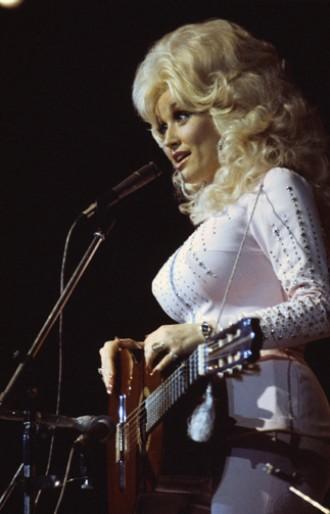 Dolly Parton 1975