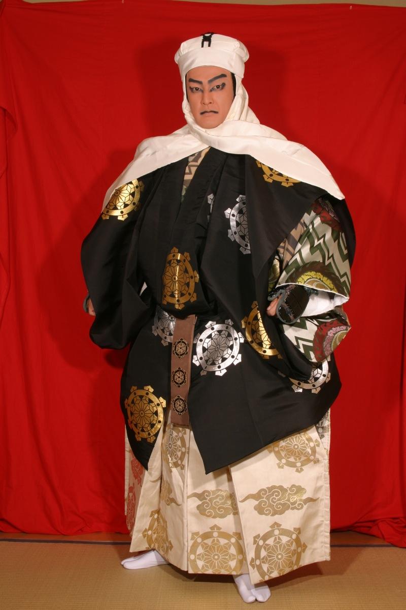 kabuki_17cmickrock