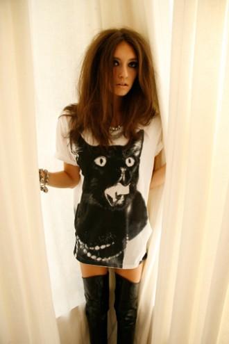 Black Cattee