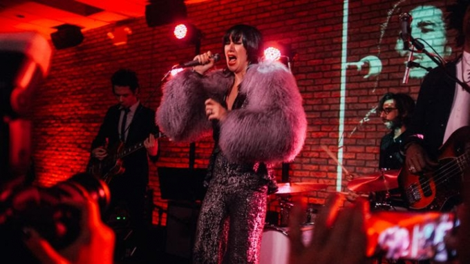 Rolling Stone: Yeah Yeah Yeahs Reunite for David Bowie, Lou Reed Covers